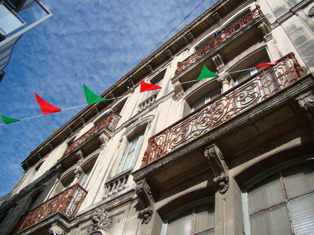 The Basque colors exhibited on the streets