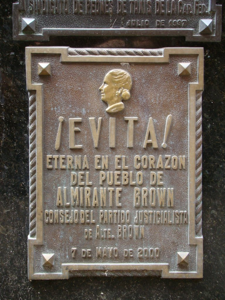 evitas-grave-one-of-many-plaques