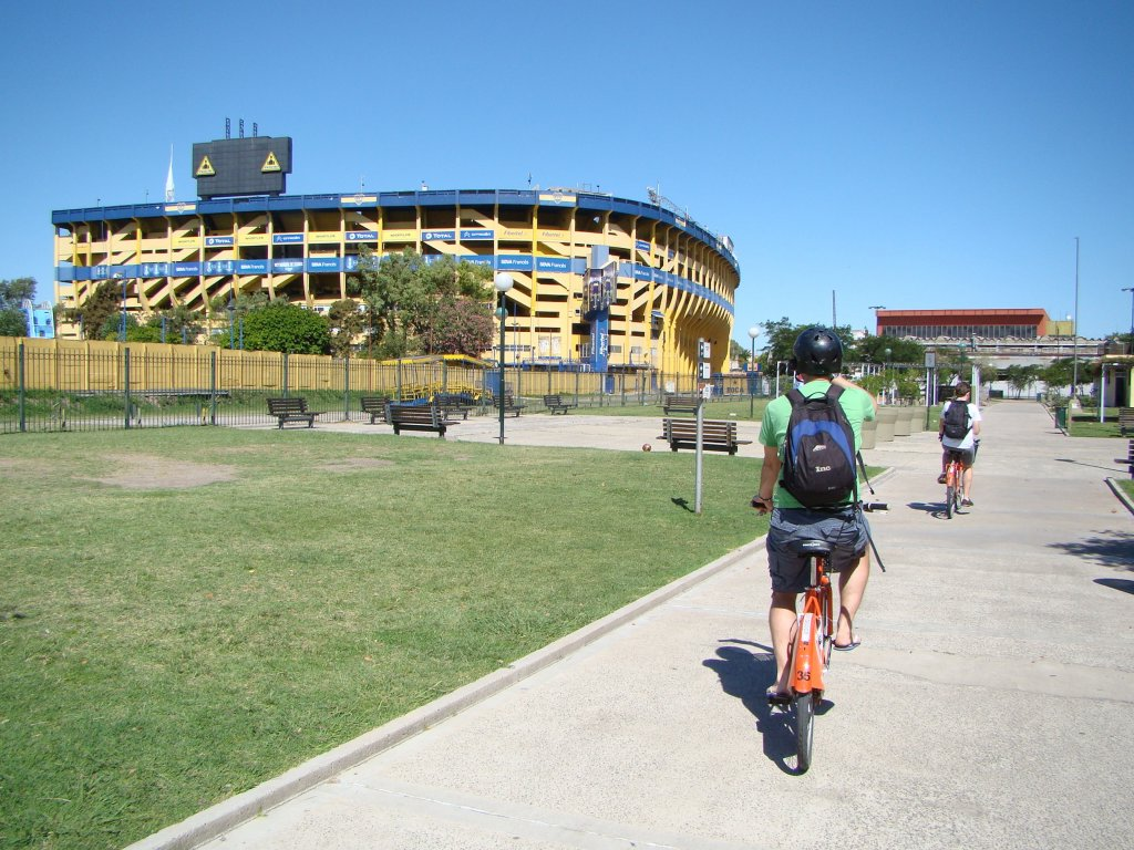 riding-by-boca-juniors-stadium