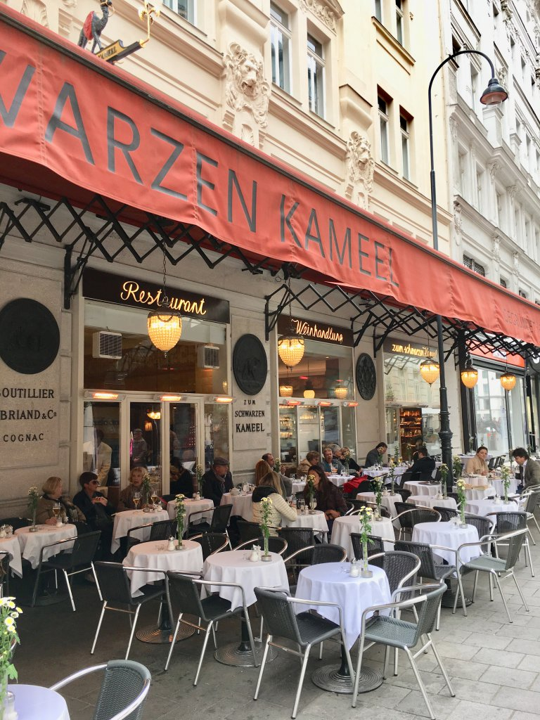 Zum Schwarzen Kameel - awesome spot for eats
