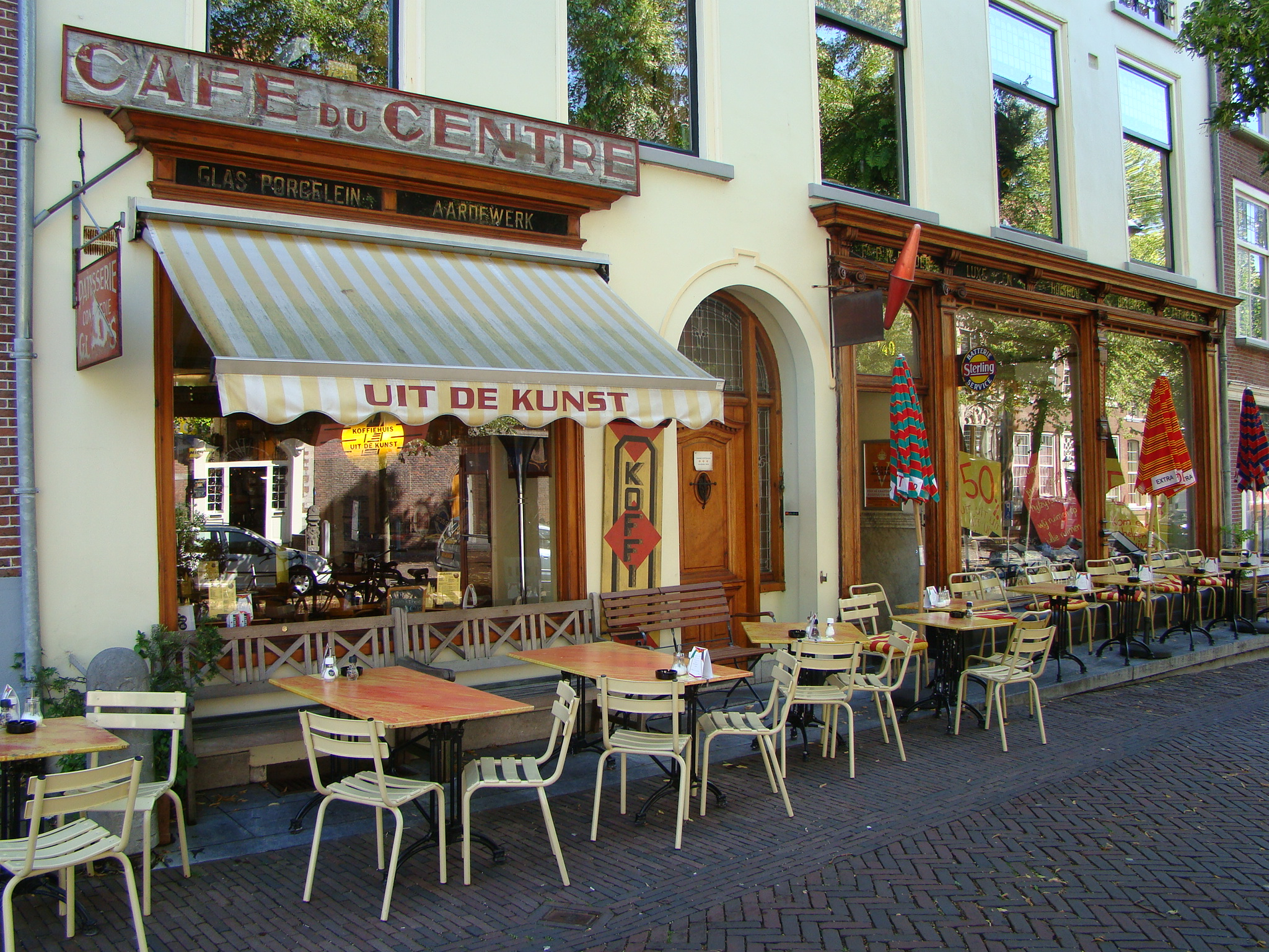 Cute Cafes Line The Streets Of Delft A B Journey