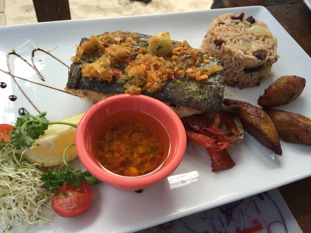 Lunch at Bikini Beach - Orient Bay